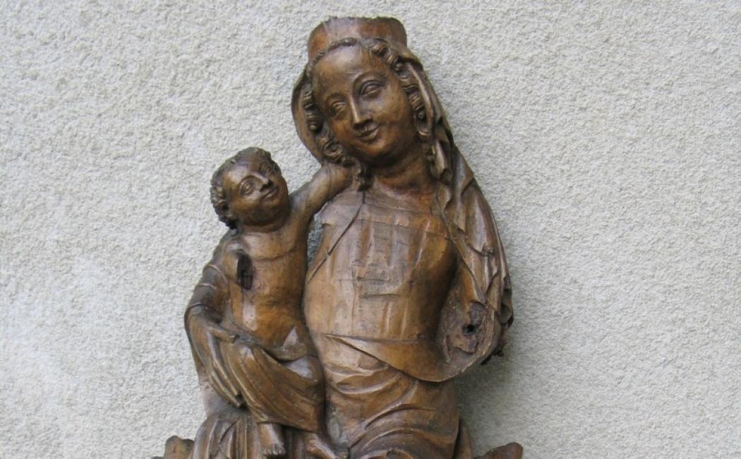 Madonna z Dzieciątkiem Tronująca