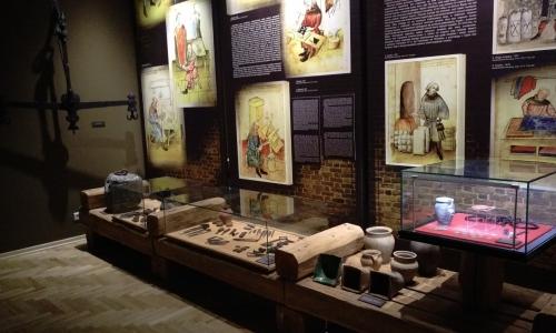 Opole-gród, miasto, Ostrówek - fragment wystawy stałej